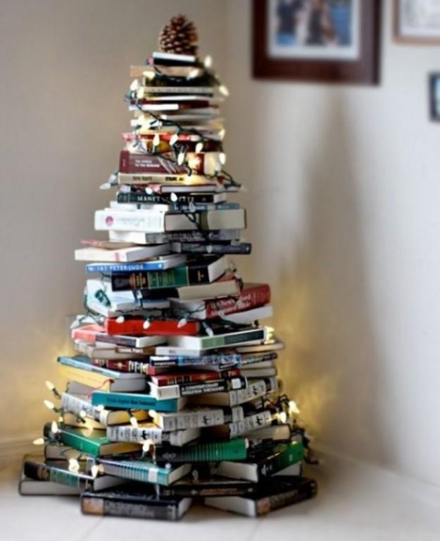 2741905-R3L8T8D-650-book-tree