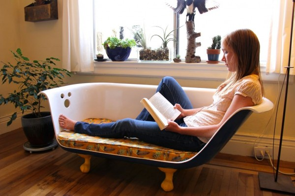 диван из старой ванной11