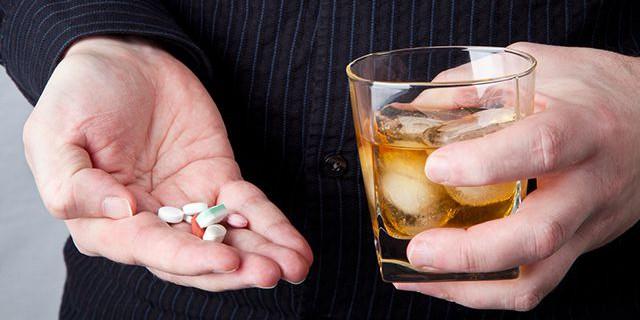 Zapivanie-tabletok-alkogolem