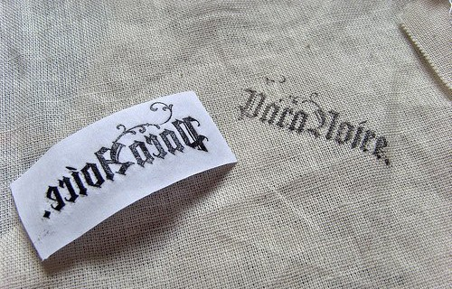 Как перенести логотип на ткань в домашних условиях