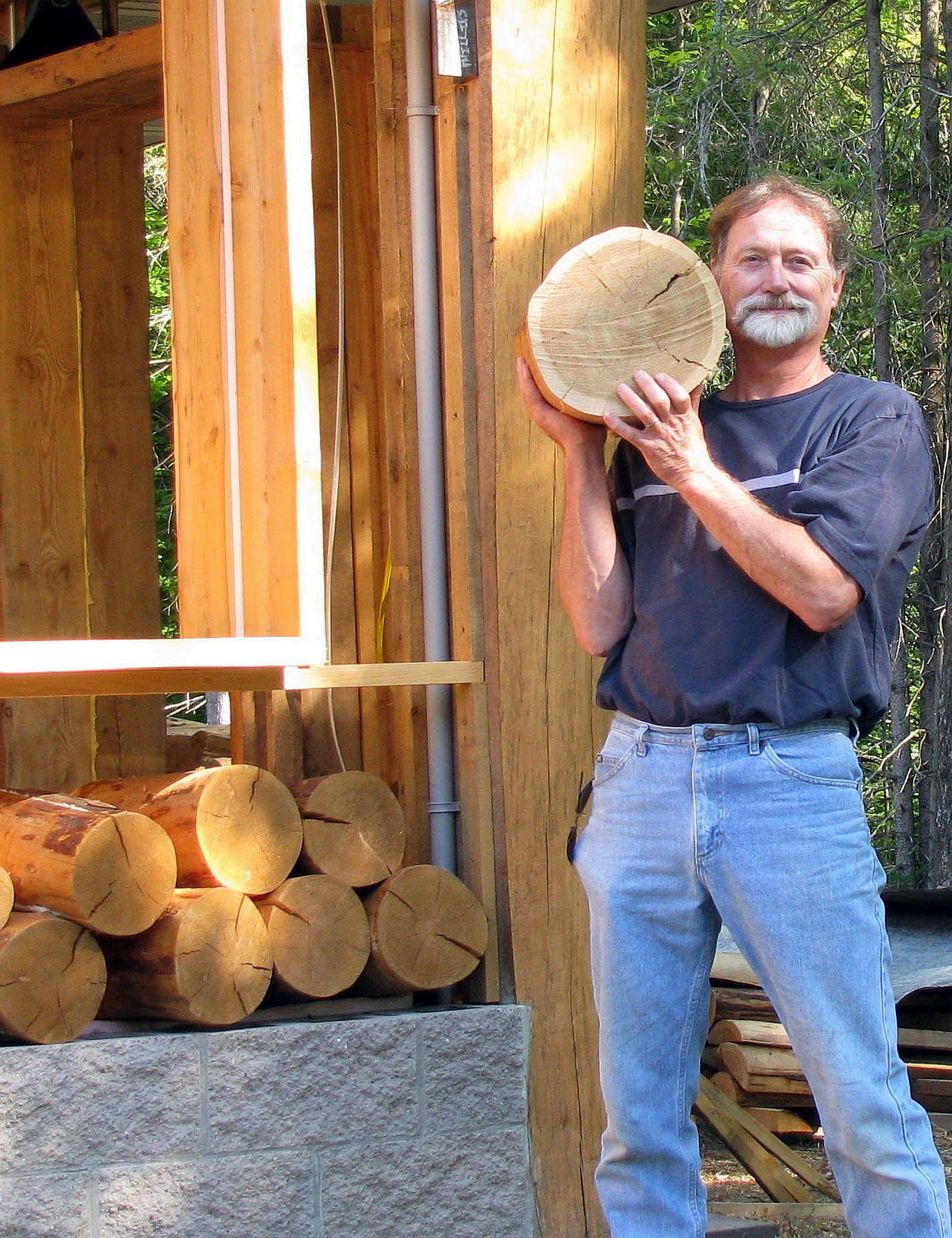Необычный деревянный пол своими руками