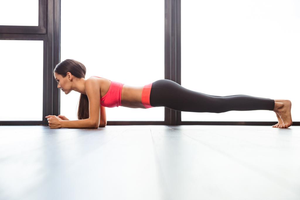 Планка упражнение в домашних условиях